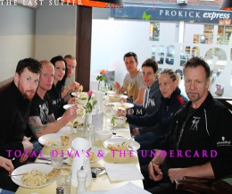 The Total Diva's & the Undercard had thier last Supper before the Big Show