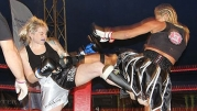 Kickboxing girls Fight - Samantha Robb Vs Lucienne Laferla Rosso in Malta - VIDEO