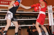 Ursula-boxing-action-left-jab-in-geneva
