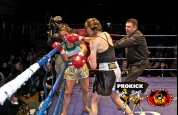 Agnew lands right in world title match